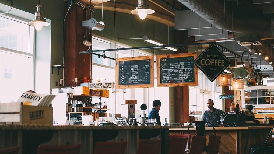 cafe-interieur-panneau-plv